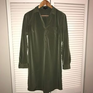 Banana republic green shirt dress